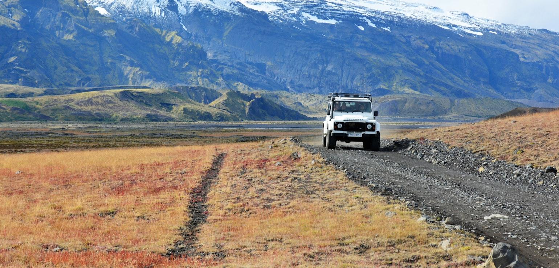 Rijden door het hoogland, IJsland