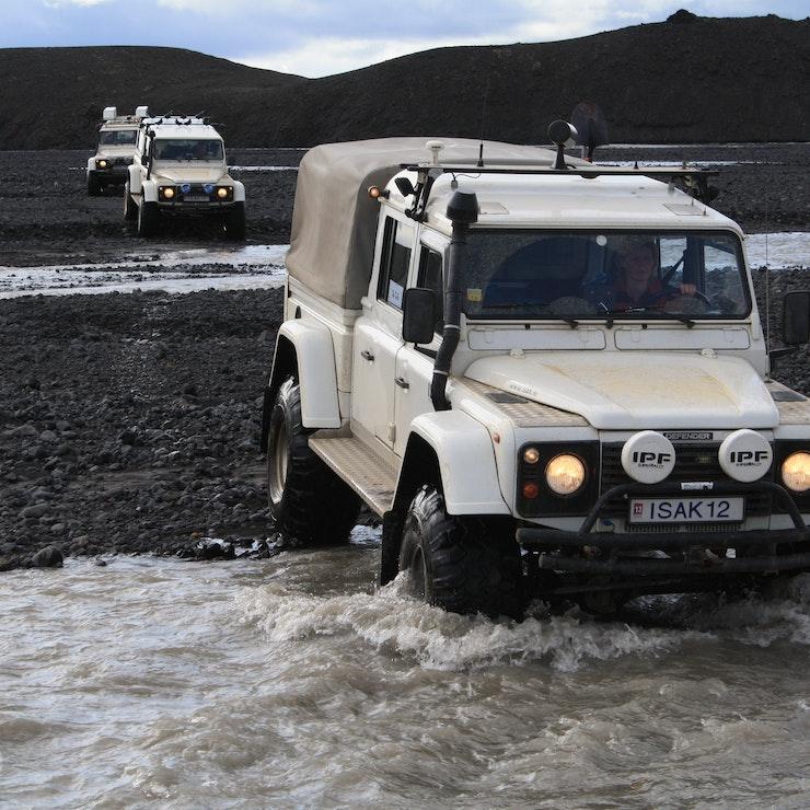Rivierdoorsteek Super Jeep reis door IJsland