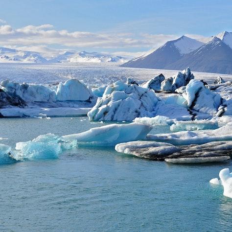 IJsbergen meer Jökulsárlon