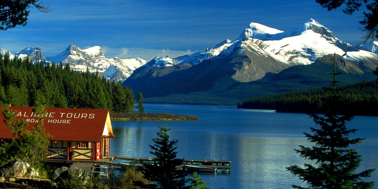 Maligne Lake tours, Jasper