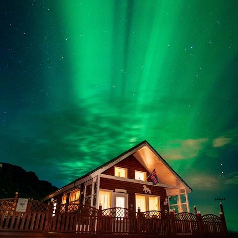 Vakantiehuisje noorderlicht reis naar IJsland
