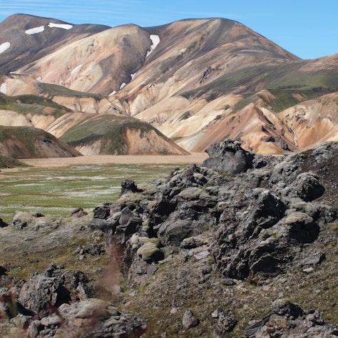Rhyolietbergen bij Landmannalaugar. Wandelreis IJsland