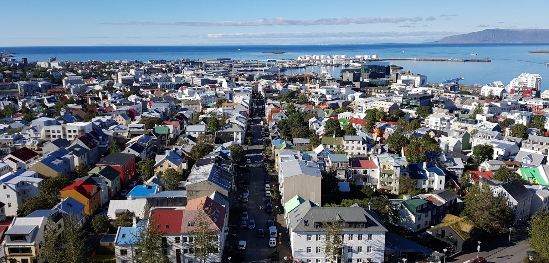 Uitzicht over Reykjavík