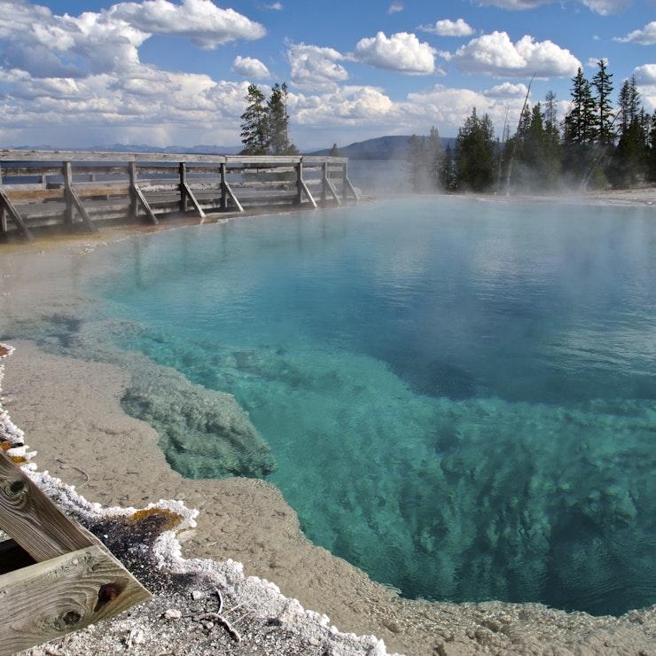 West Thumb Geyser Basin, Yellowstone, Wyoming