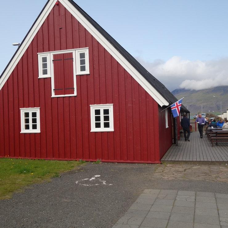 Langabúð