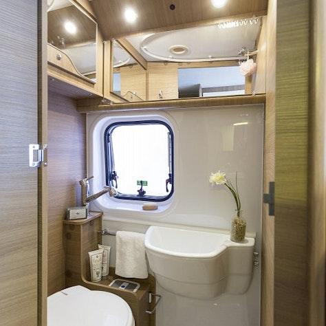 2-persoonscamper toilet