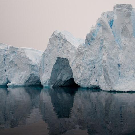 IJsberg Antarctica, Reizen naar Antarctica