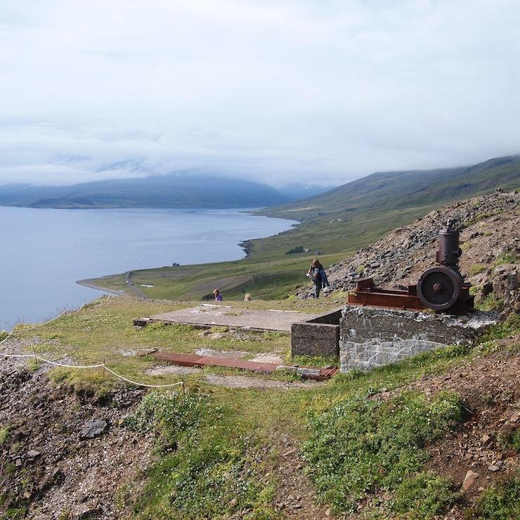 De oude dubbelspaatmijn in het oosten van IJsland