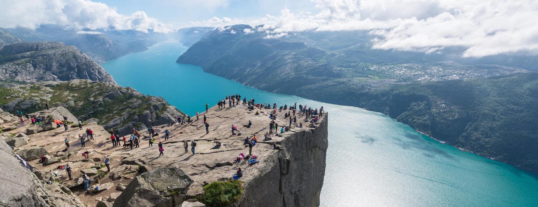 Uitzicht op het Lysefjord vanaf de Preikestolen, Noorwegen